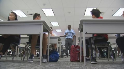 Arizona school board members urge Gov. Ducey delay opening schools until October