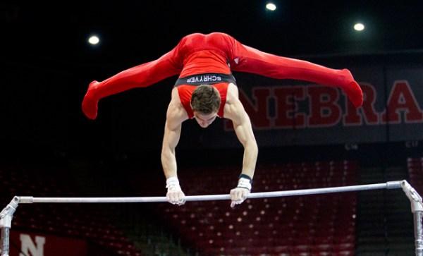 Nebraska men's gymnastics places 3rd behind Minnesota ...