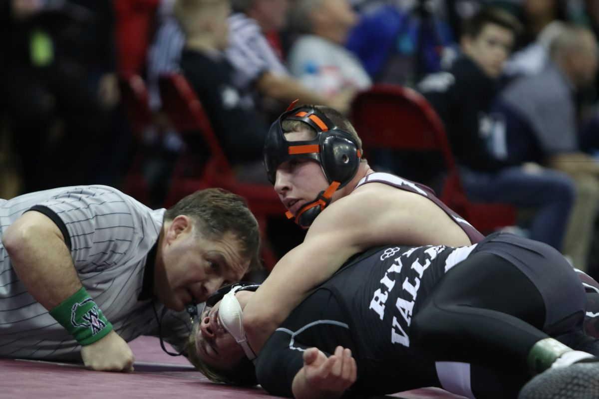 All three Eagles win in opening round of state tournament ...