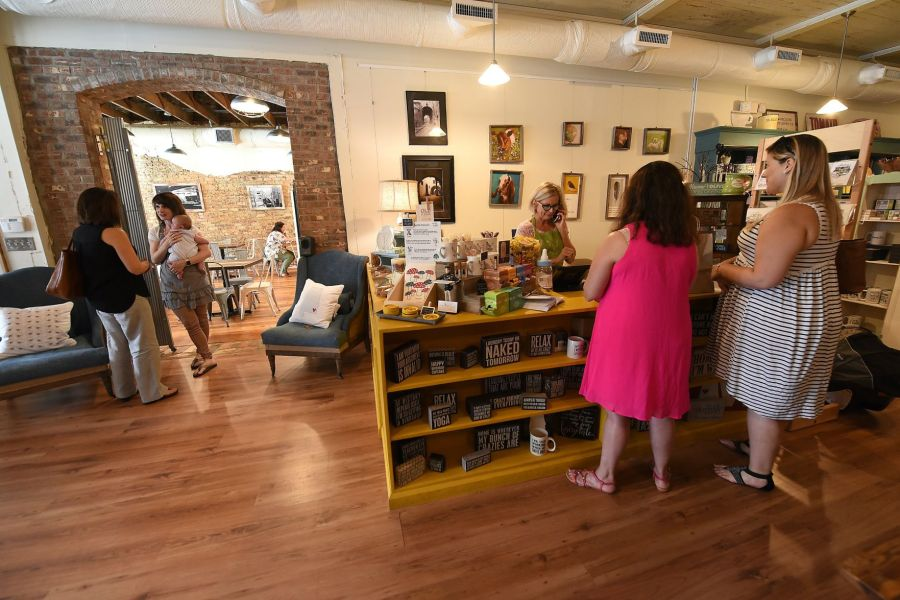 Small businesses are leading the comeback of downtown Dothan     Small businesses are leading the comeback of downtown Dothan