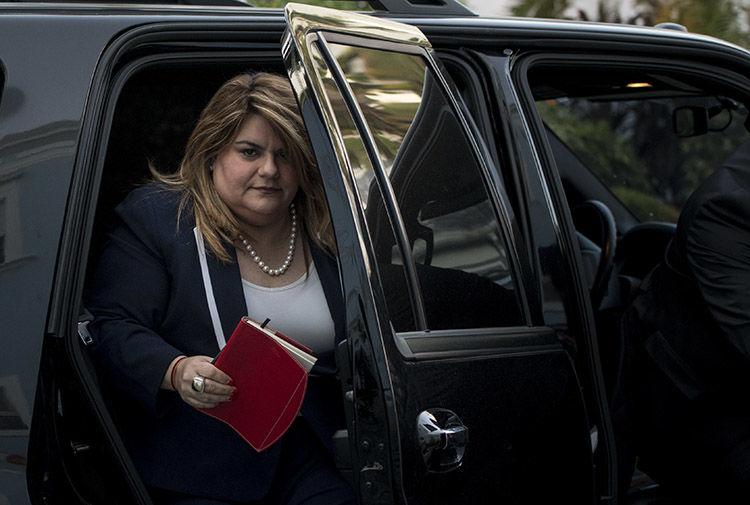 Jenniffer González le cuestiona a FEMA