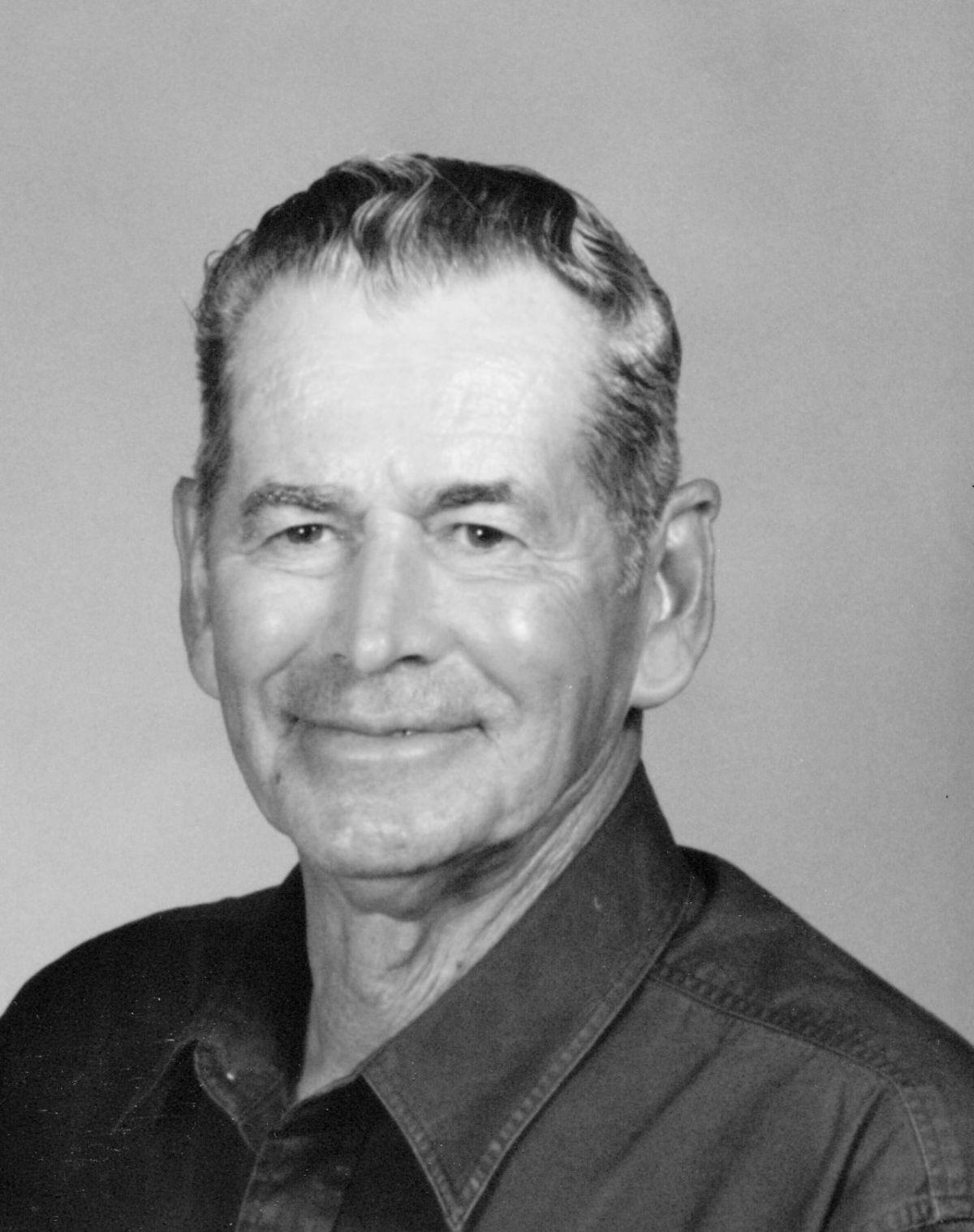 Robert Tucker Obituaries Emporiagazette Com