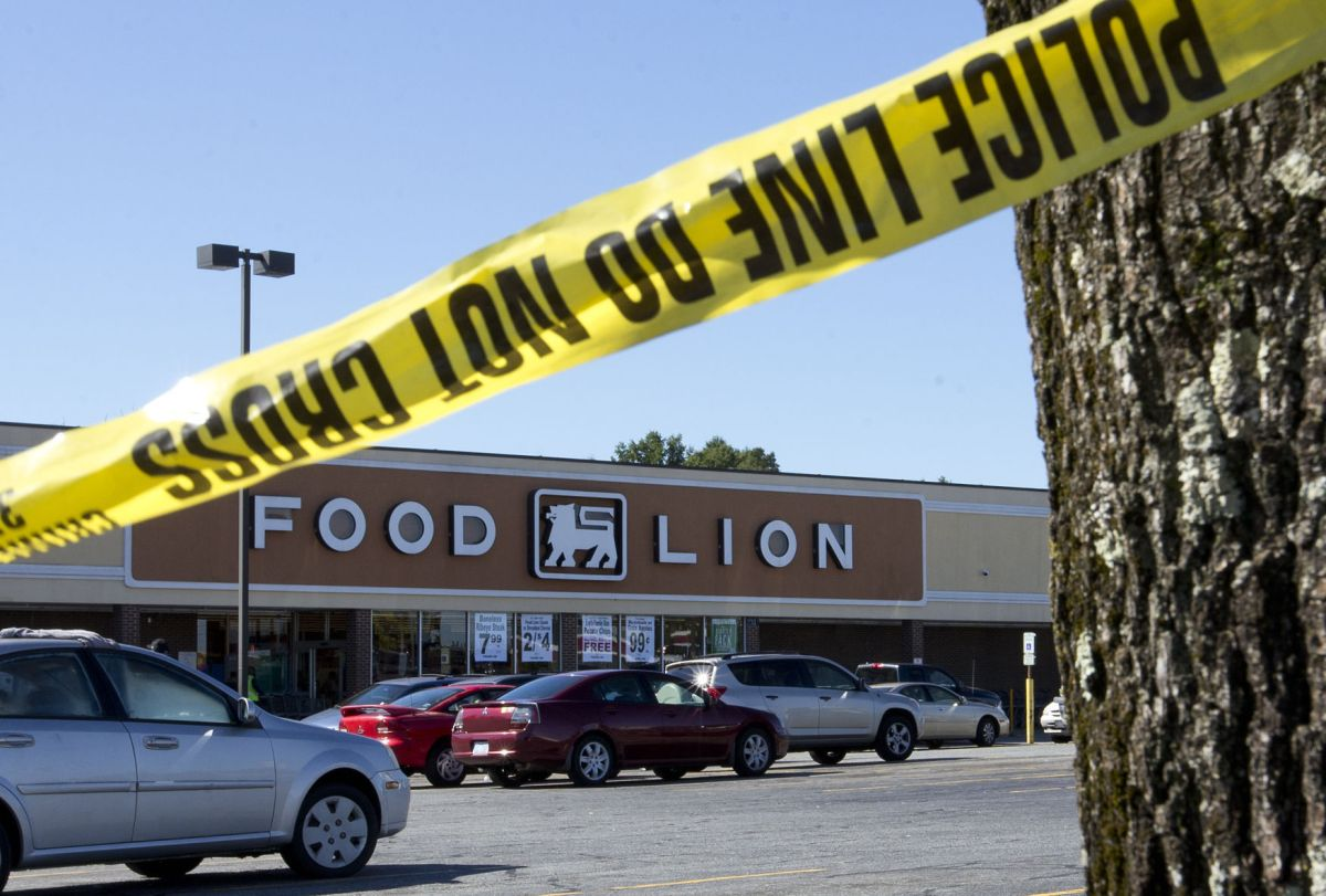 East Market Street Food Lion security guard dies from ...