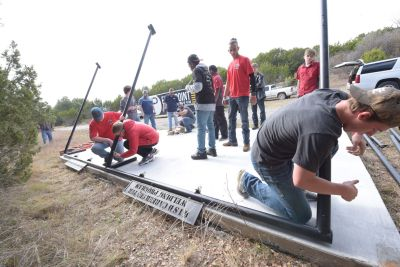 students build deer skinning rack for