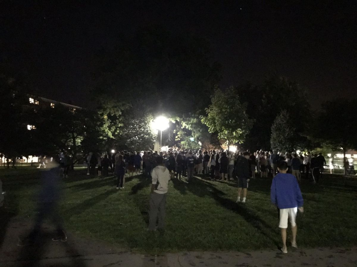 At least 500 Penn State students hunt for clown at main ...