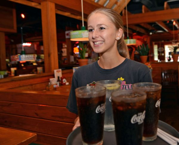 What would you do with an extra $2,650? Local waitress ...