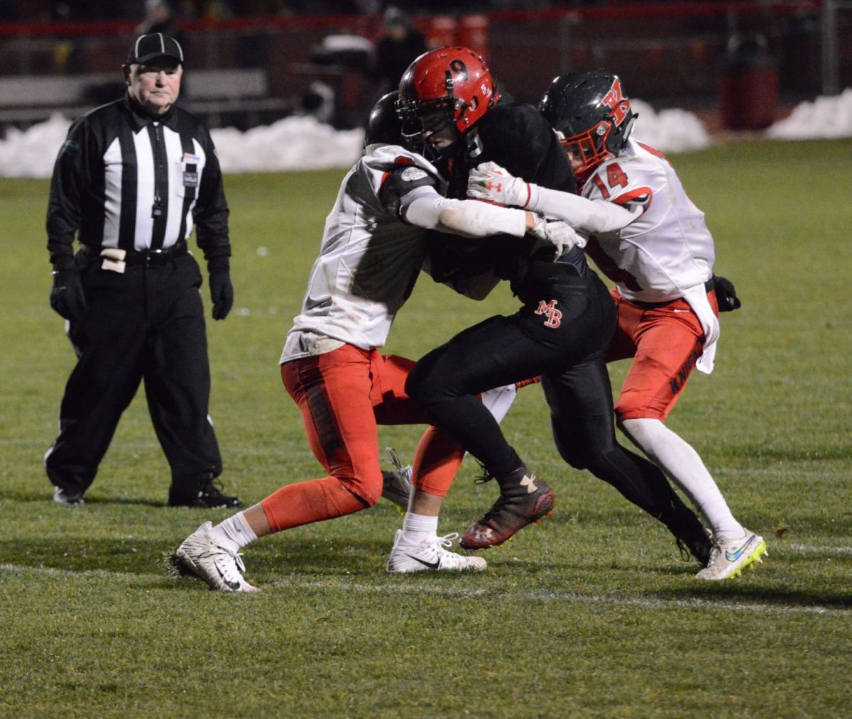 Football roundup: Four local teams advance to state ...