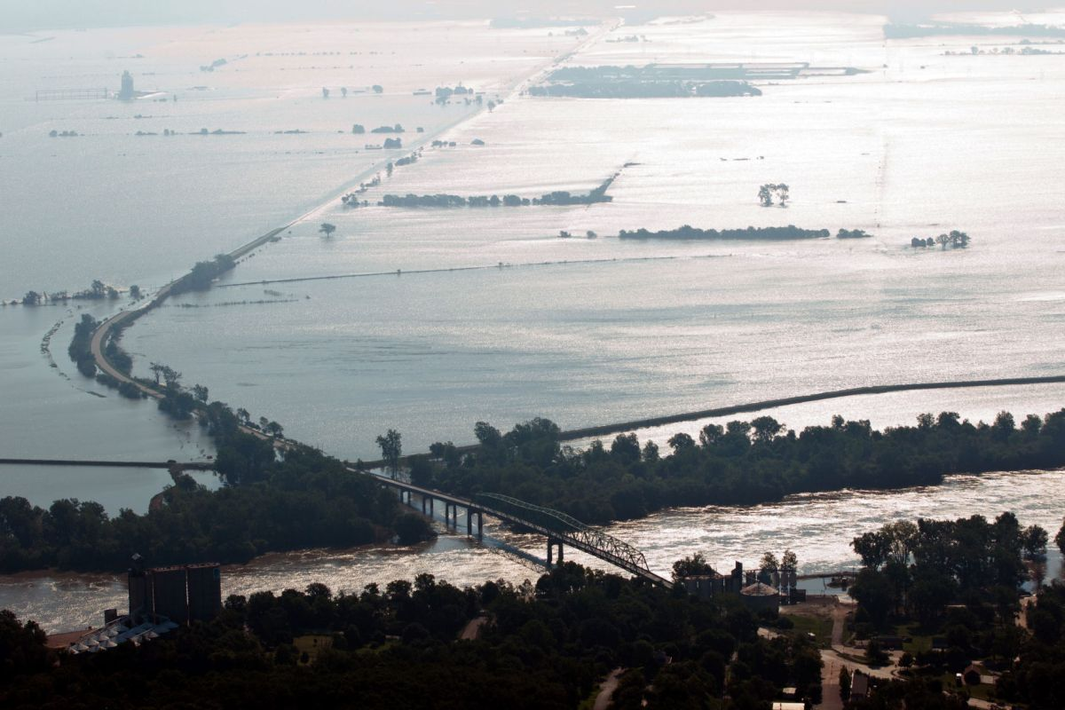 Summer 2011: Missouri River flooding