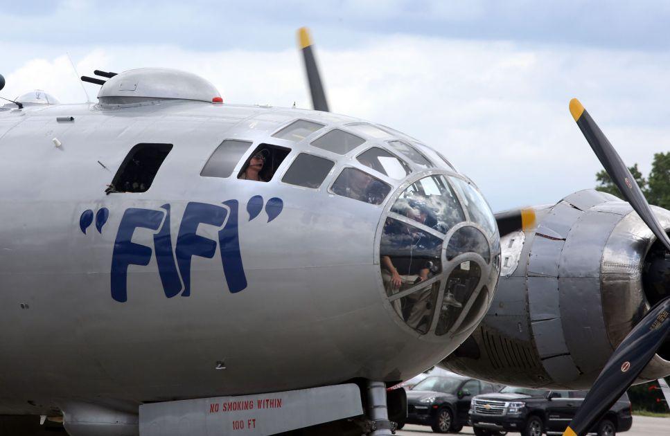 FIFI Boeing B 29 Superfortress Lands In Charleston