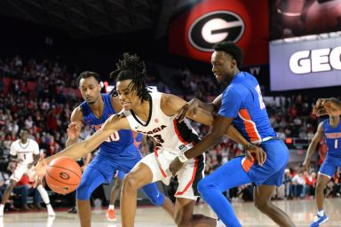 Georgia men's basketball commits 20 turnovers in loss to Temple