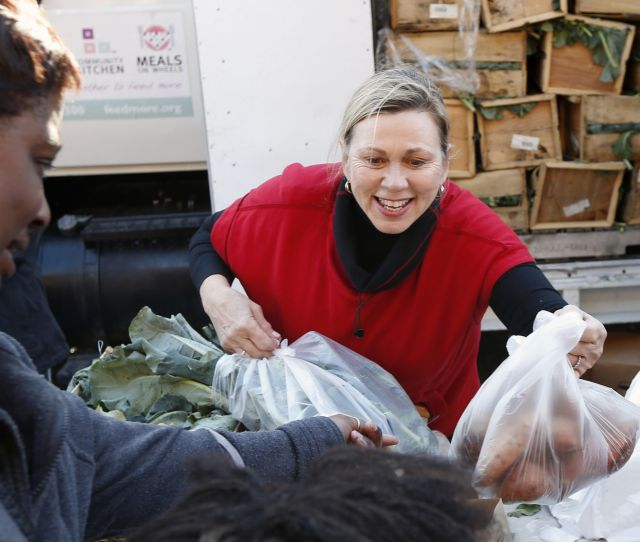 Richmond Christmas Mother Shared Holiday Cheer Through Salvation Army Feedmore And  Community Grants