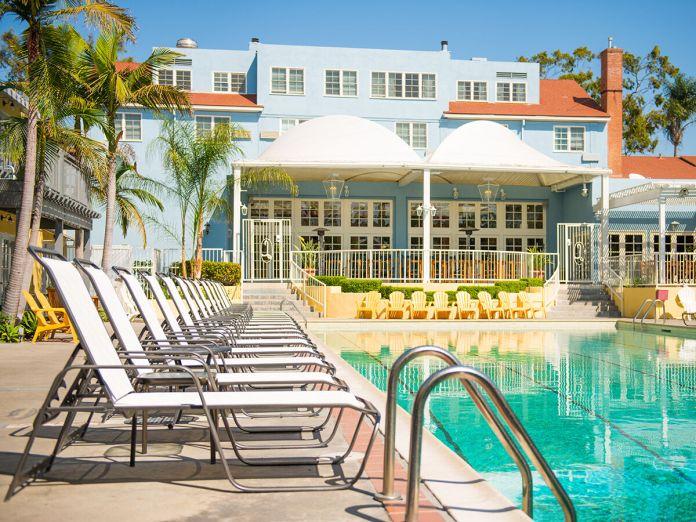 Pool Day Passes / Lafayette Hotel