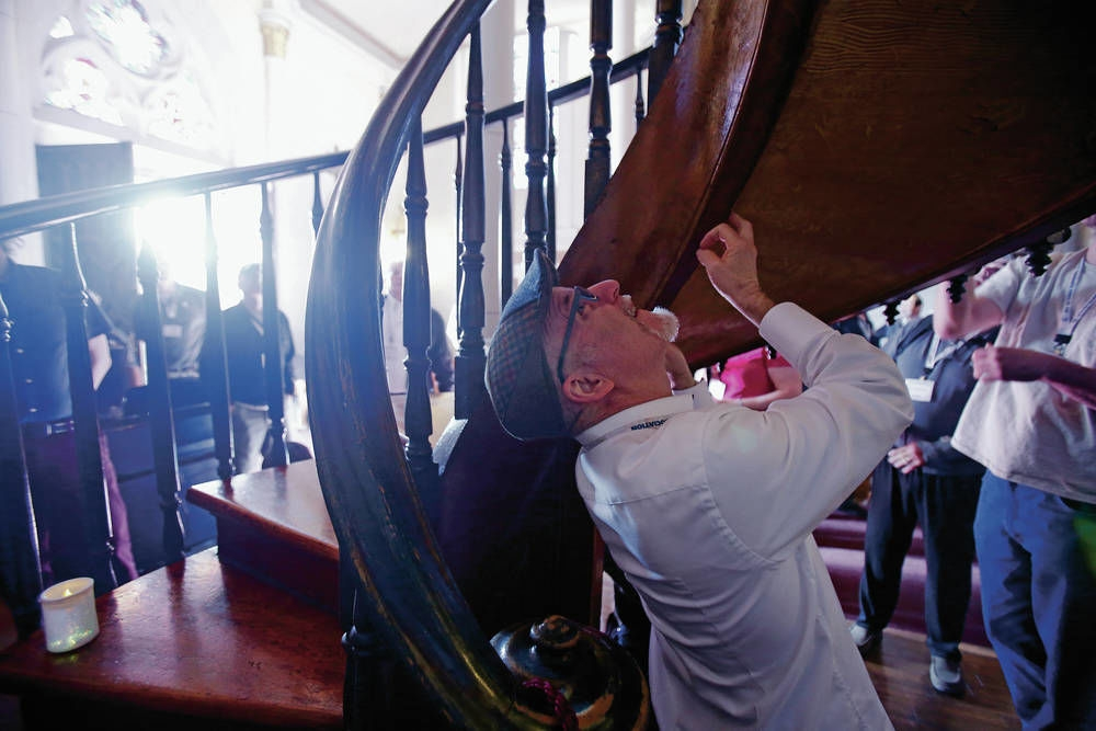 Experts Consider Miracle Stairs In Santa Fe S Loretto Chapel | The Staircase Of Loretto Chapel | Original | Light | Weird | Stairway | Magical