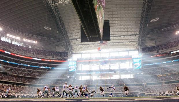 Rams v Cowboys
