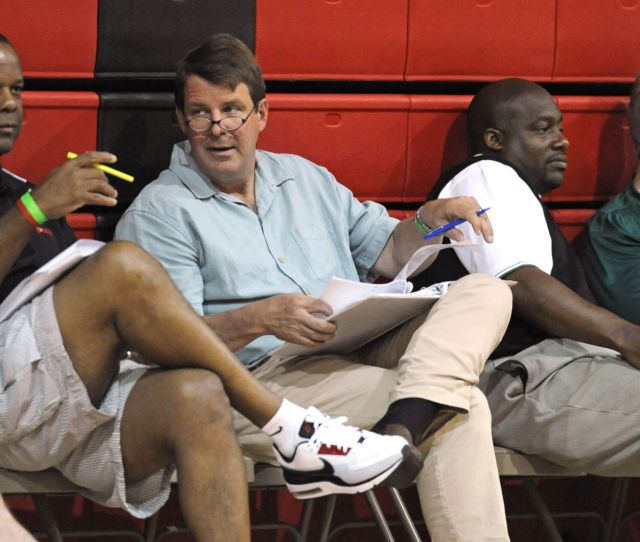 New Orleans Icon Tim Floyd Who Suddenly Rides Off Into Retirement Always Had A Certain Flair Sports Theadvocate Com