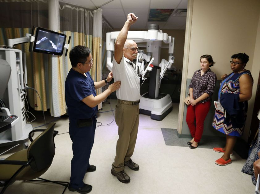 Tulsa teachers learn about medical jobs during trip to ...