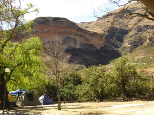 The cliffs bordering the campsite.