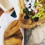 【Instagram】サブウェイでのランチ。ツナです。ポテトと飲み物つけて。