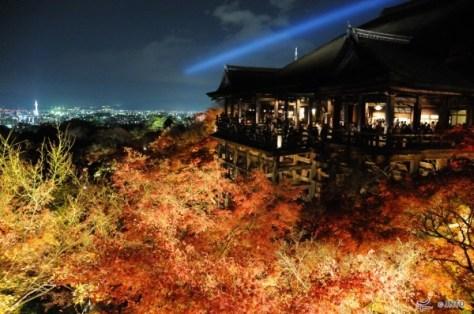 Light-up at Kiyomizu-dera temple
