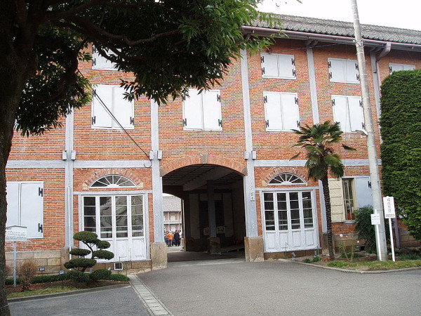 The main entrance of Tomioka Silk Mill