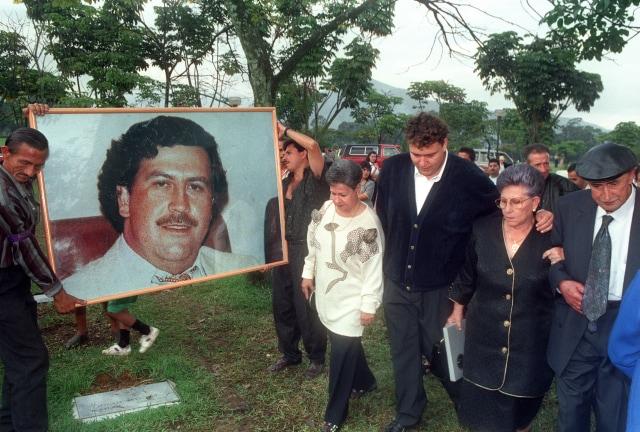 Gol Bunuh Diri Andres Escobar, Tragedi Sepak Bola Kolombia - kumparan.com