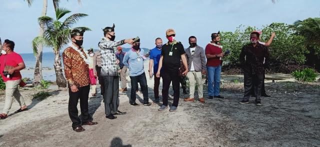 Moeldoko Tinjau Lokasi Pembangunan Pariwisata di Pulau Katang, Lingga