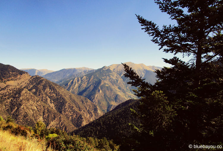 Fernblick über Andorras Berge.