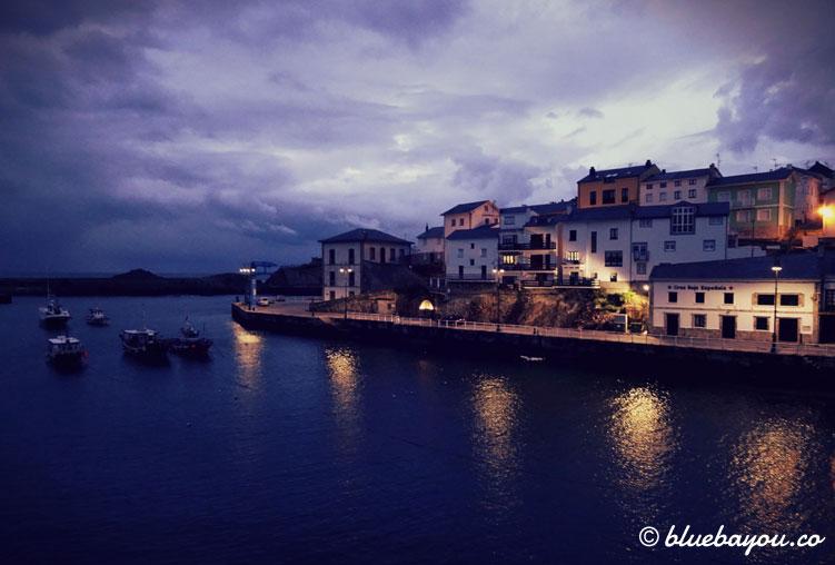 Der wunderschöne Hafen in Tapia de Casariego.