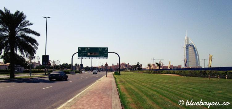Wanderung zum Burj al Arab in Dubai an Tag 3 der halben Weltreise.