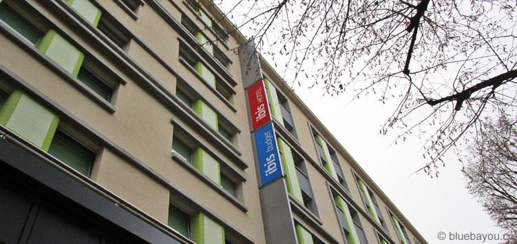Das ibis budget Berlin Kurfürstendamm befindet sich direkt neben dem ibis Hotel und nah am KaDeWe sowie der Gedächtniskirche.