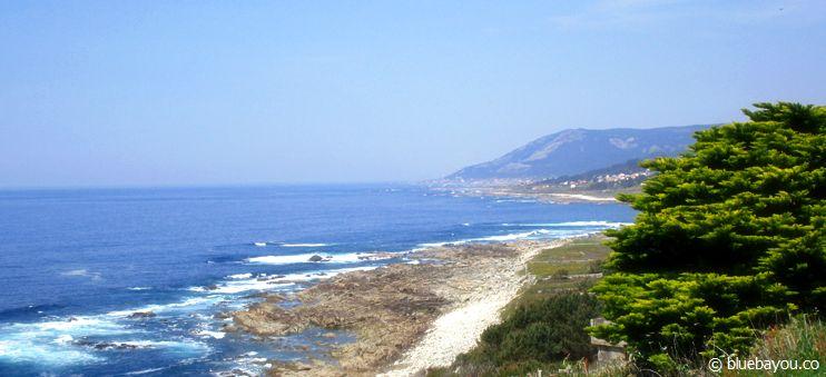 Der Jakobsweg in Spanien entlang der Küste Richtung Portugal.