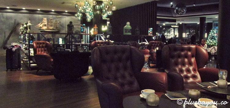 Die One Lounge des Motel One Hamburg-Am Michel.