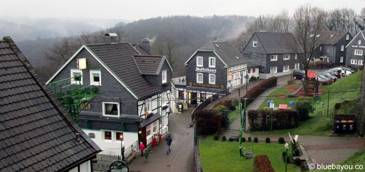 Schloss Burg in Solingen: hier gibt es Waffeln aus dem bergischen Land.