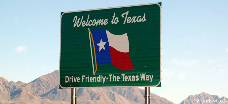 State Sign Texas: Drive Friendly - The Texas Way.