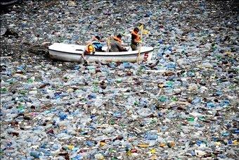 seas of plastic everywhere!