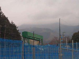 雲で見えない伊吹山
