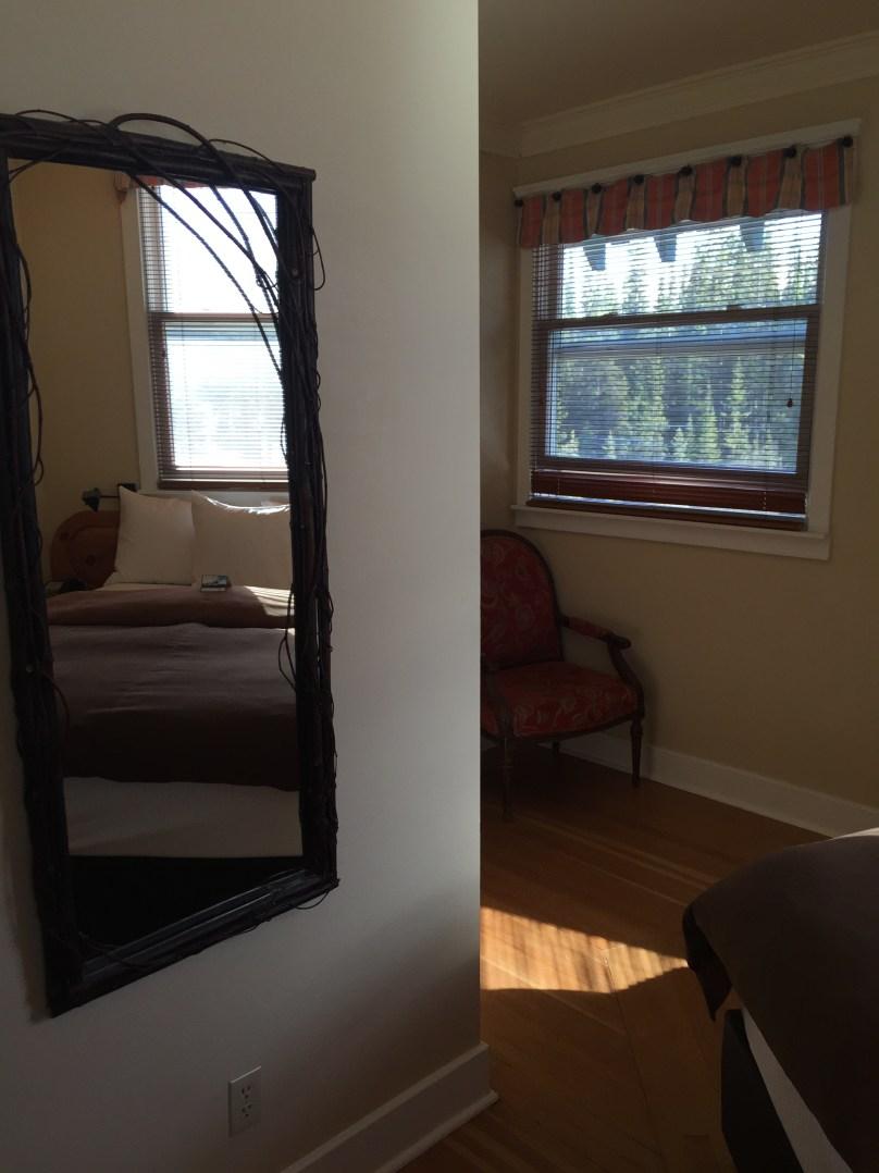 Room 300 at Deer Lodge