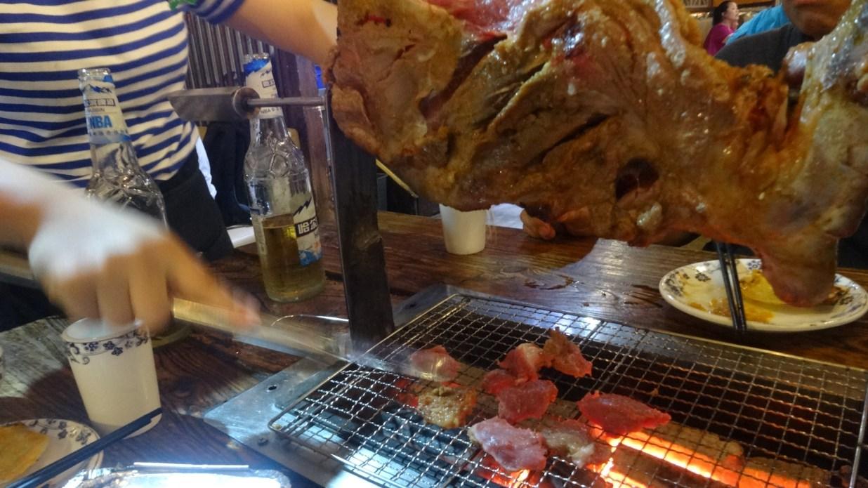 柿子树碳烤羊腿(金台路店)