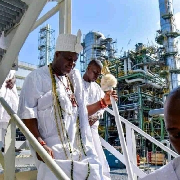 Ooni Of Ife Pays Courtesy Visit To The Dangote Refinery Lagos. ( See Photos )