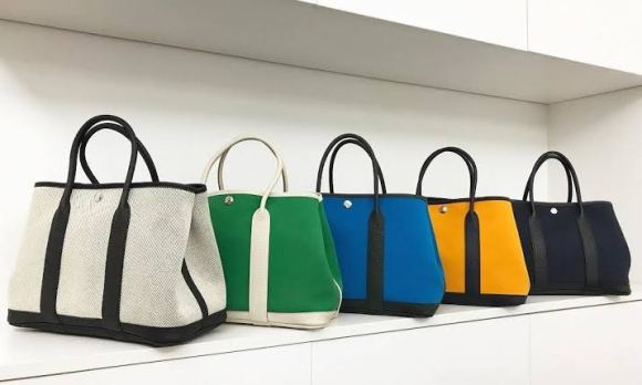 """Handbags are fashion accessory. They have become an integral aspect of women's overall style statement. """"all women love their handbags""""."""