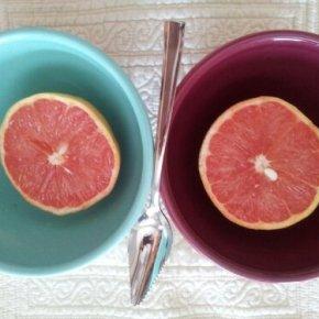 It's grapefruit o'clock!