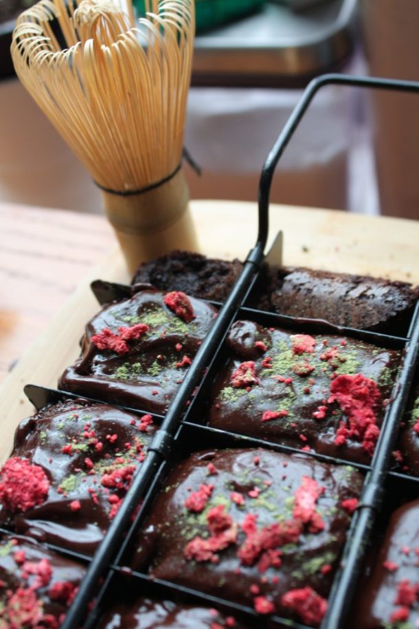 strawberry matcha brownies where the bluebootsgo