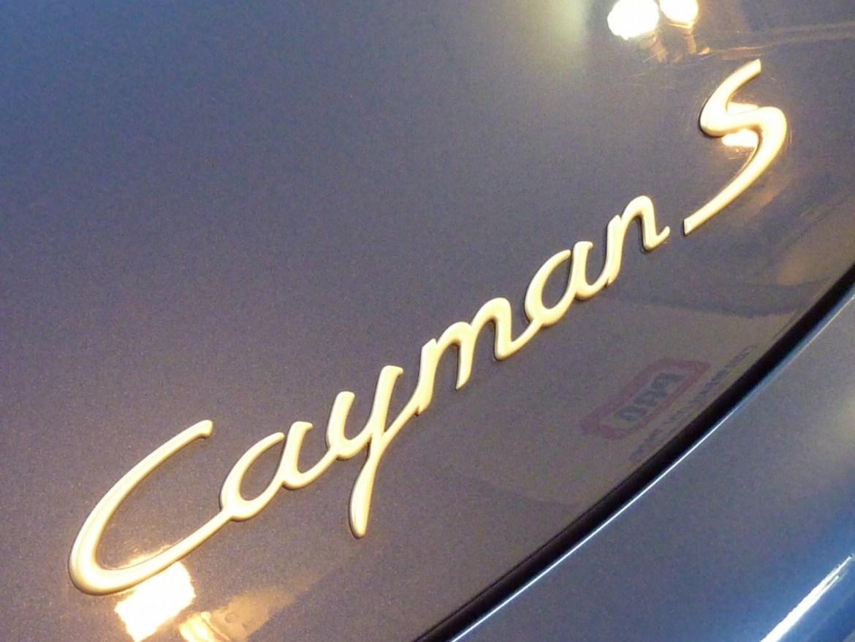 20130827-porsche-caymans-05