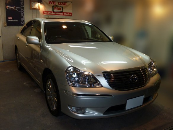 20131217-toyota-crown-majesta-01