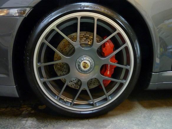 20140212-porsche-911-turbo-10