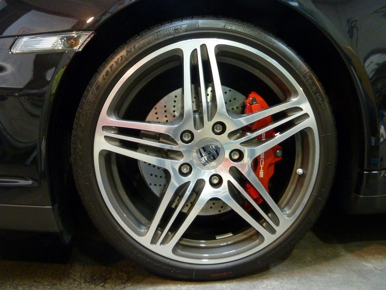 20140402-porsche-911-turbo-11