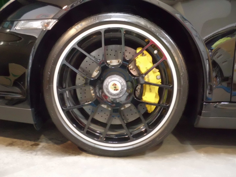 20141102-porsche-911-turbos-09