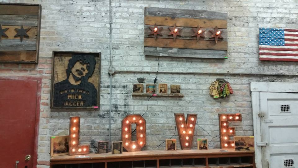 Photo courtesy of Brimfield Chicago