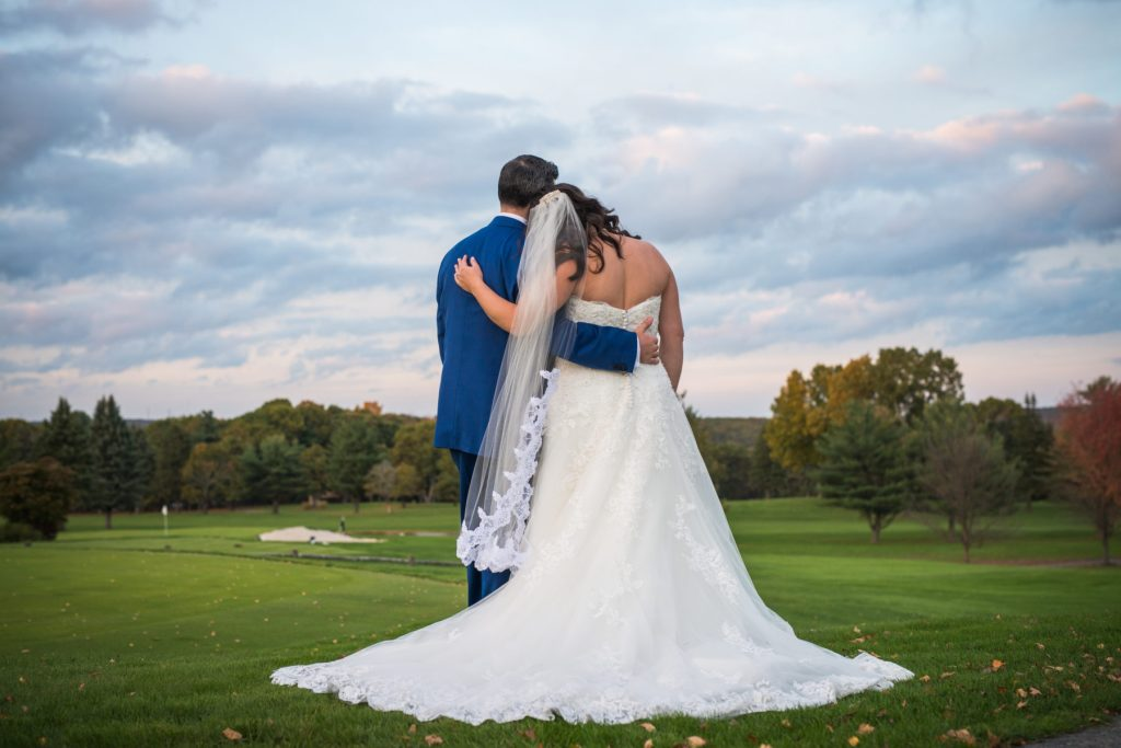 Marissa and Mike   Kirkbrae Country Club Wedding   Blueflash Photography