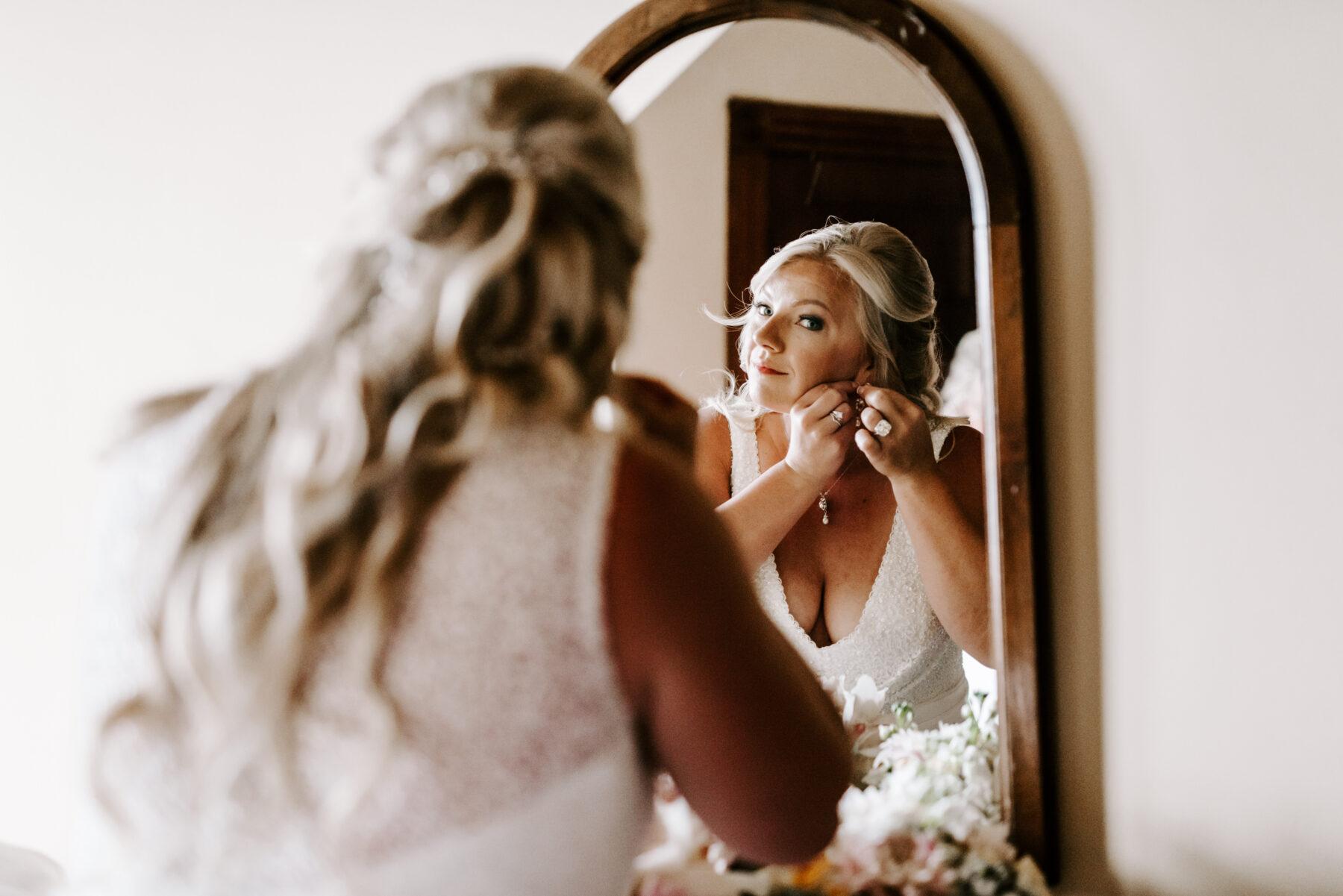 Sullivan House Block Island Wedding Amy and Nick Blueflash Photography 4